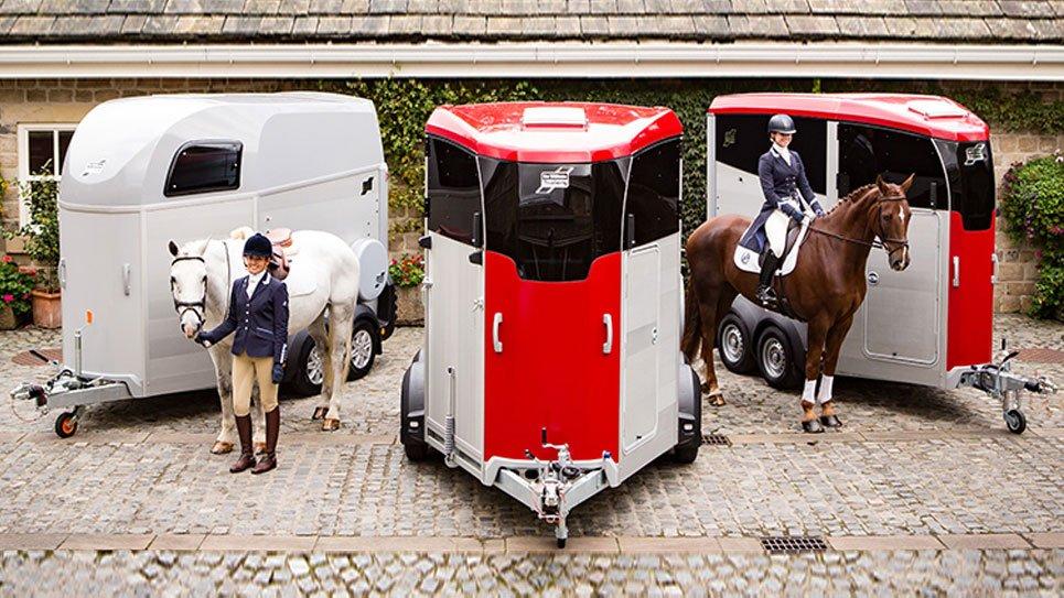 VERDENSPREMIERE – Vi Kan Med Fornøjelse Præsentere De Helt Nye HBE & HBX Hestetrailere